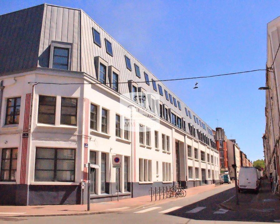 STUDIO A LOUER - LILLE VAUBAN NATIONALE GAMBETTA - 18,96 m2 - 470 € charges comprises par mois