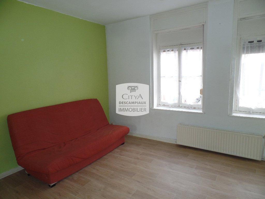 STUDIO A LOUER - LILLE WAZEMMES - 31 m2 - 490 € charges comprises par mois
