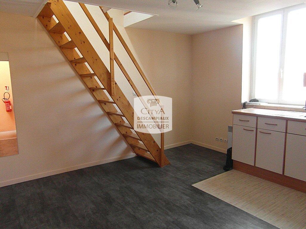 STUDIO - LILLE WAZEMMES - 20,43 m2 - LOUÉ