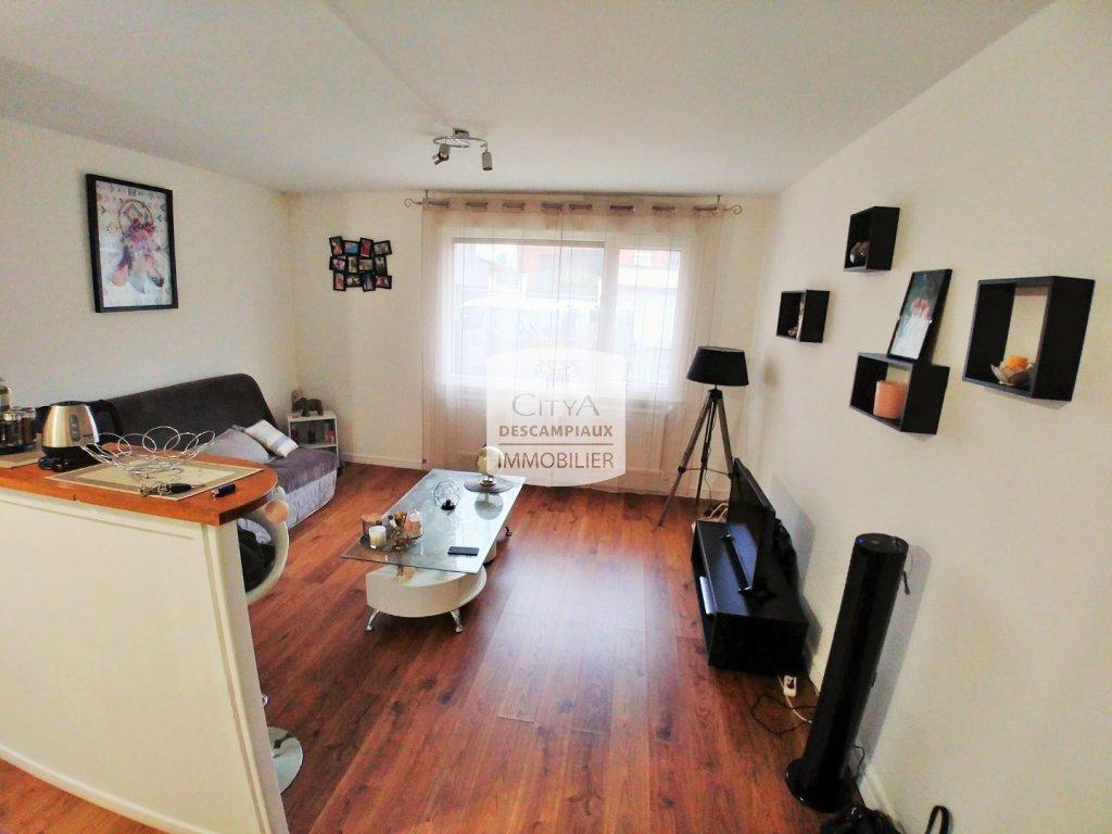 STUDIO A LOUER - LOOS - 28,31 m2 - 540 € charges comprises par mois