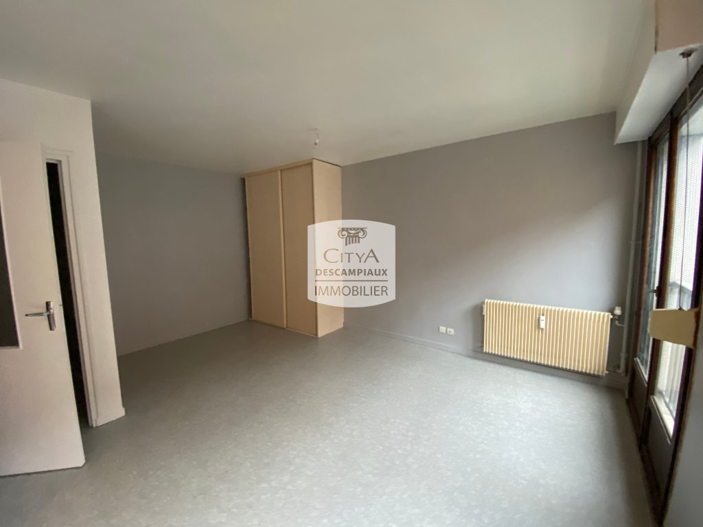 STUDIO - LILLE GAMBETTA - 29,8 m2 - VENDU