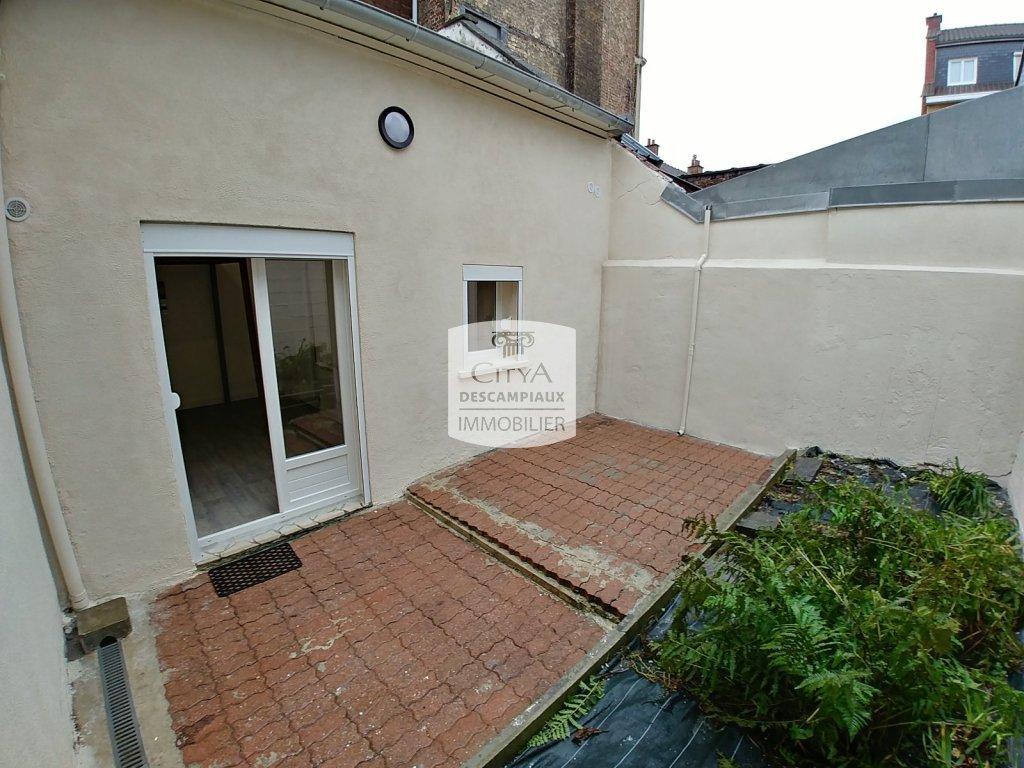 STUDIO A VENDRE - LILLE GAMBETTA - 19,65 m2 - 123500 €