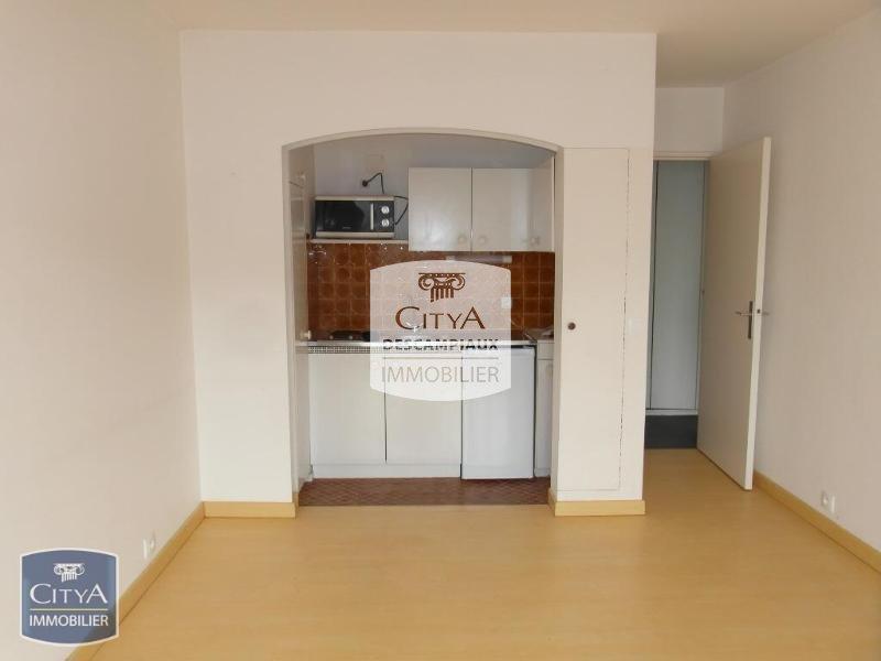 APPARTEMENT T2 A LOUER - LILLE CENTRE GARES EURALILLE - 40,2 m2 - 650 € charges comprises par mois