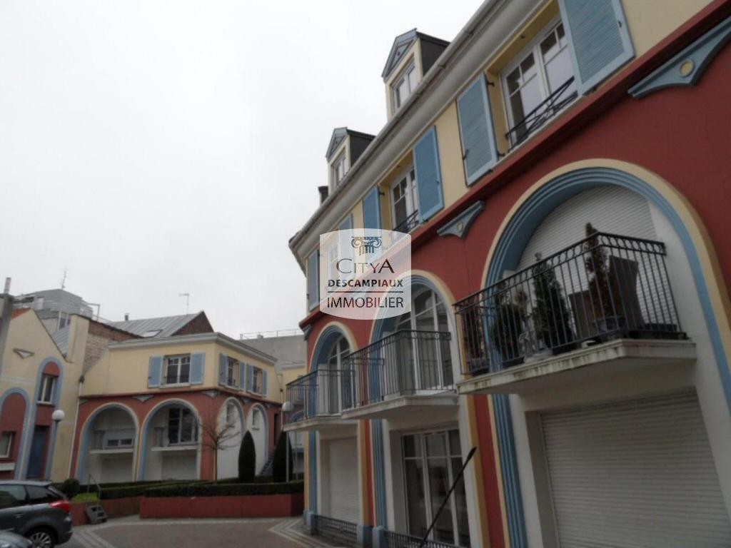 APPARTEMENT T2 A LOUER - LILLE CENTRE - 39,79 m2 - 700 € charges comprises par mois