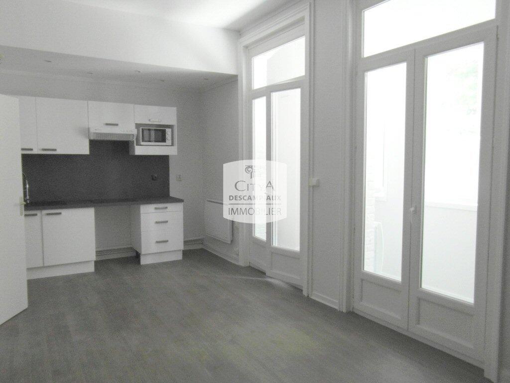 APPARTEMENT T2 A LOUER - LILLE CENTRE - 40,22 m2 - 655 € charges comprises par mois