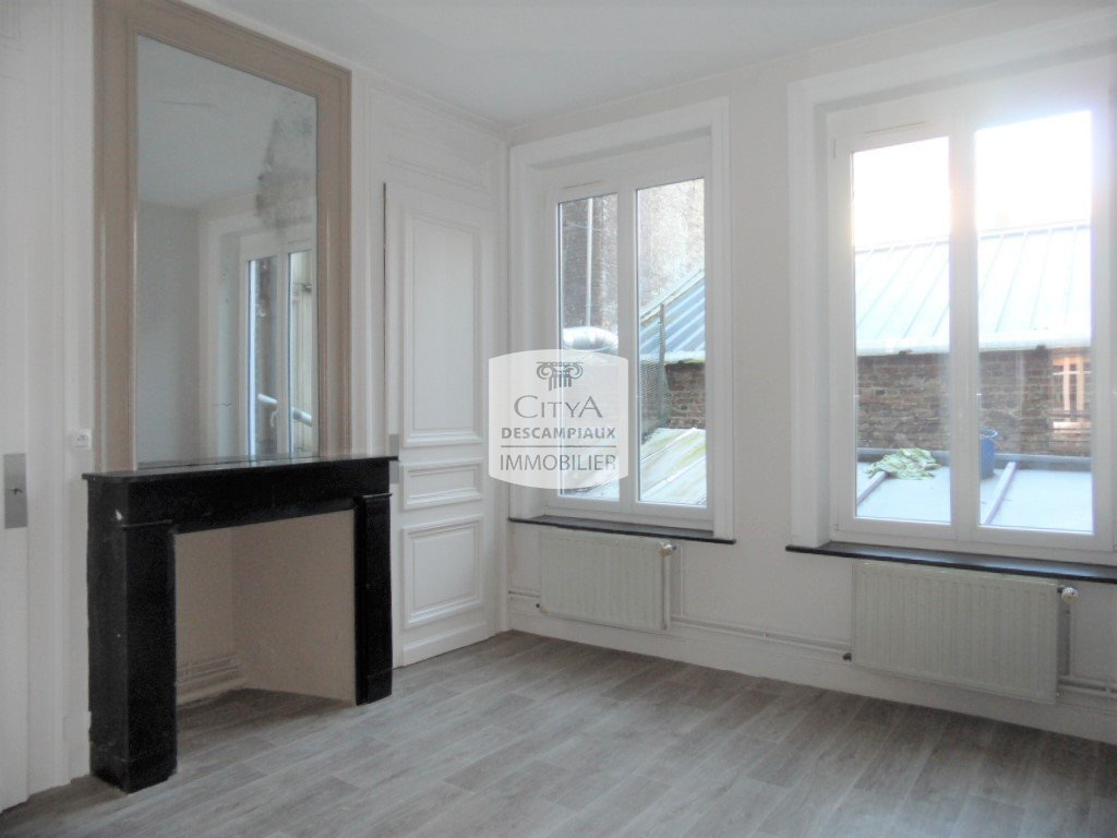 APPARTEMENT T2 - LILLE CENTRE - 55,7 m2 - LOUÉ