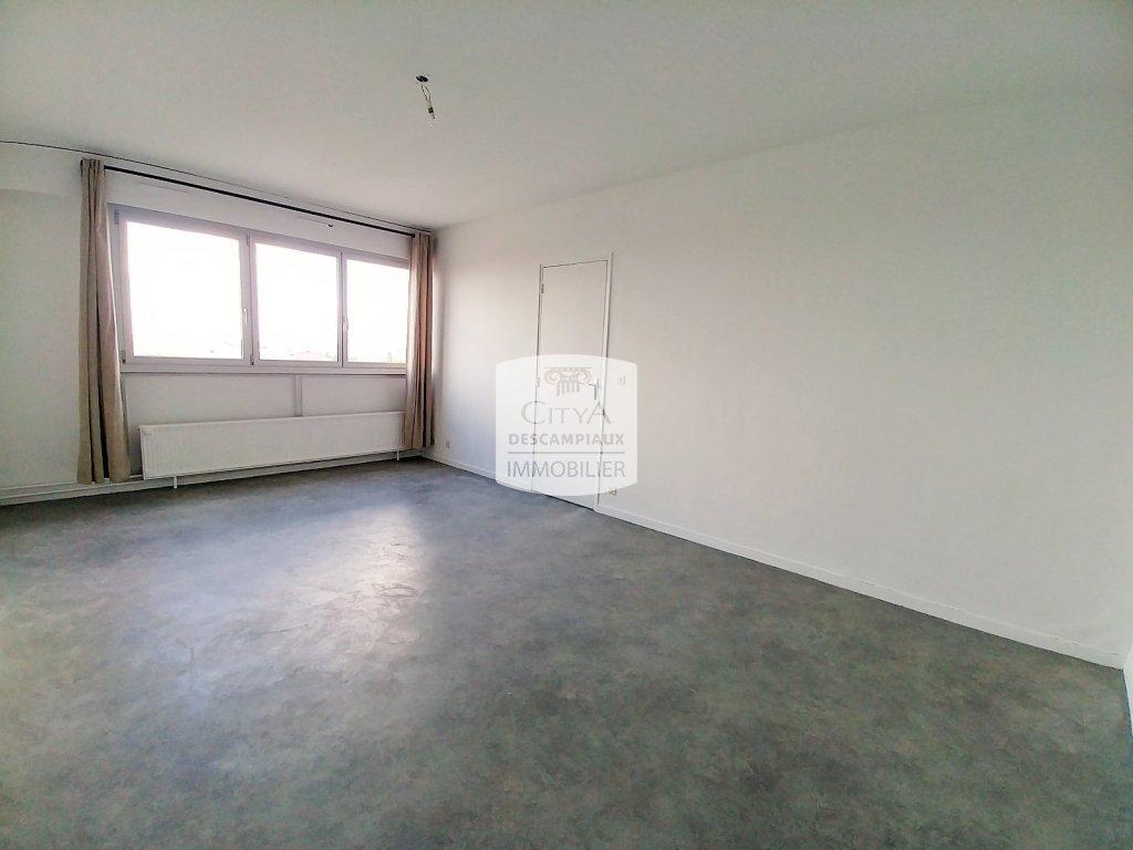 APPARTEMENT T2 A LOUER - LILLE VAUBAN - 55,57 m2 - 720 € charges comprises par mois