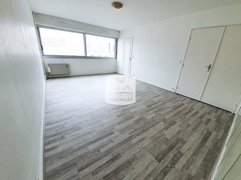 APPARTEMENT T2 - LILLE VAUBAN - 50 m2 - VENDU