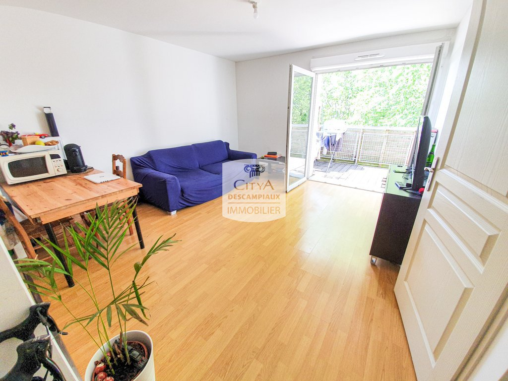 T2 avec balcon et place de parking A VENDRE - ST ANDRE LEZ LILLE - 41,04 m2 - 154500 €
