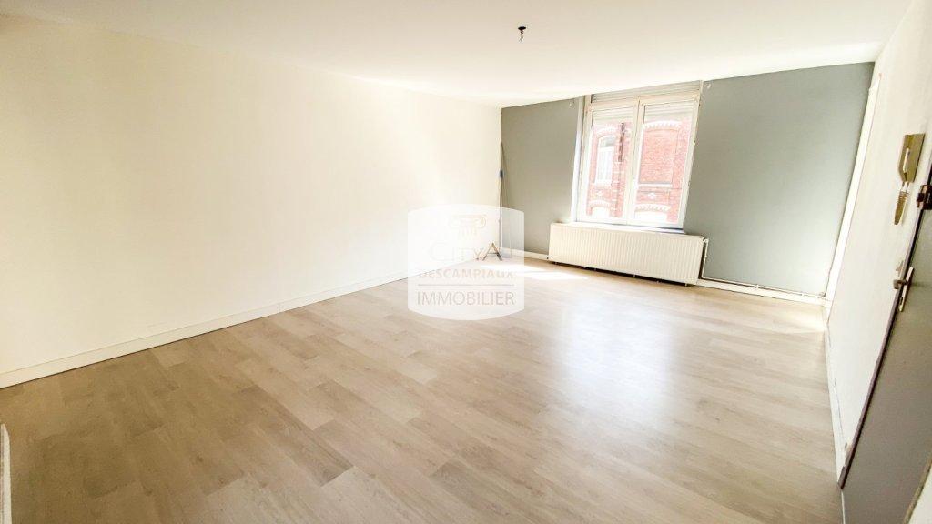 APPARTEMENT T3 A LOUER - LA MADELEINE - 57,46 m2 - 700 € charges comprises par mois