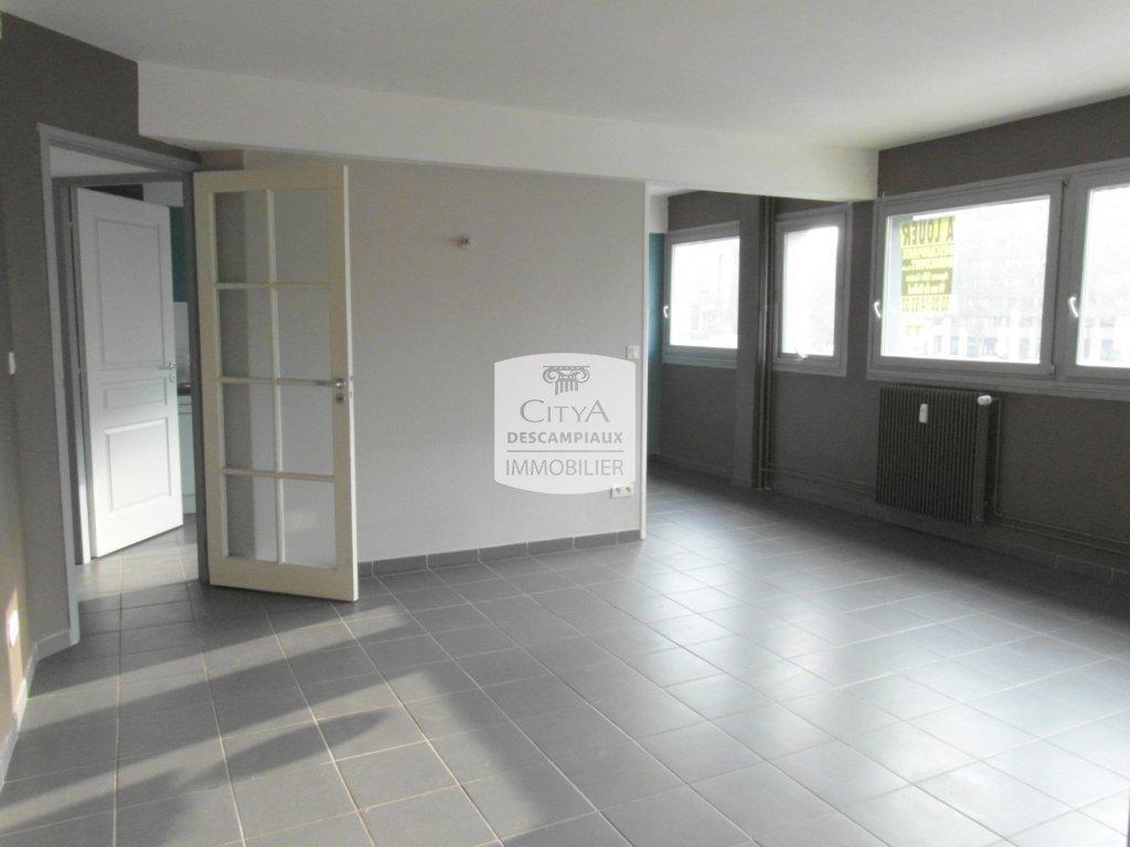 APPARTEMENT T3 A LOUER - LILLE CENTRE - 65,14 m2 - 960 € charges comprises par mois