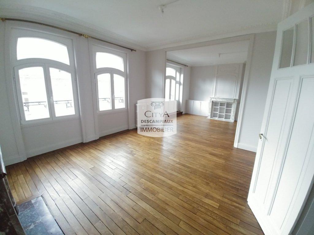 APPARTEMENT T3 A LOUER - LILLE GAMBETTA - 105,46 m2 - 1300 € charges comprises par mois