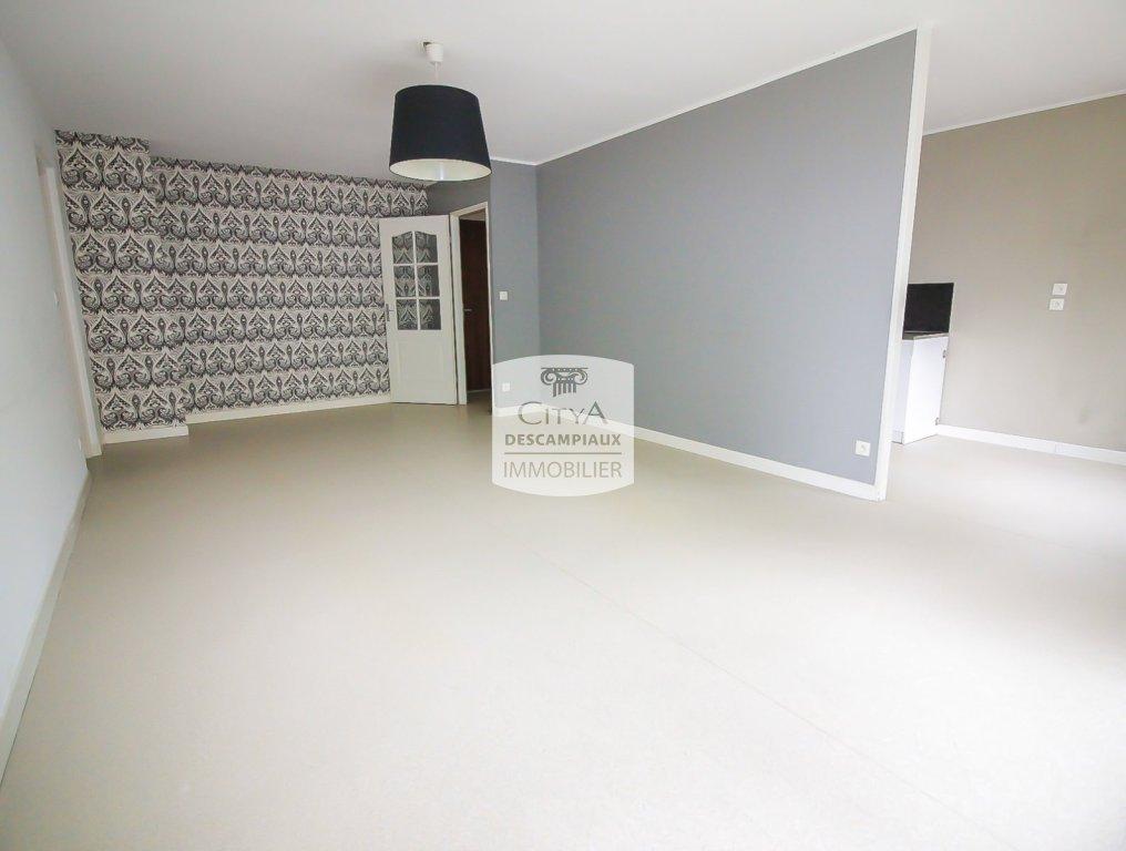 APPARTEMENT T3 A VENDRE - ARMENTIERES - 77 m2 - 179000 €