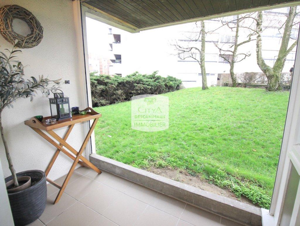 APPARTEMENT T3 A VENDRE - LA MADELEINE - 68 m2 - 206500 €