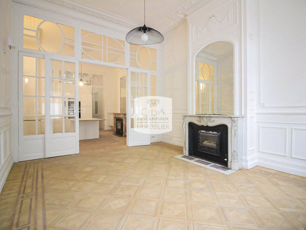 APPARTEMENT T3 A VENDRE - LILLE REPUBLIQUE BEAUX ARTS - 68,9 m2 - 325000 €