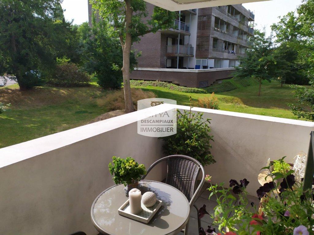 T3 AVEC BALCON ET 2 PARKINGS A VENDRE - ST ANDRE LEZ LILLE - 60 m2 - 229000 €