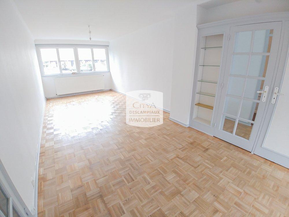 APPARTEMENT T4 A LOUER - LA MADELEINE - 88 m2 - 950 € charges comprises par mois