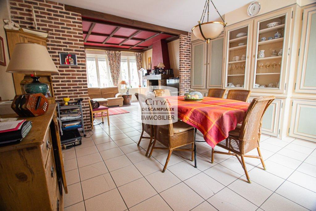 APPARTEMENT T5 A VENDRE - LILLE VAUBAN - 120 m2 - 387500 €