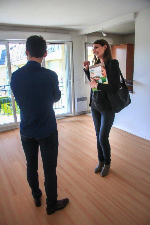 Quels avantages de passer par une agence pour votre location étudiant ?